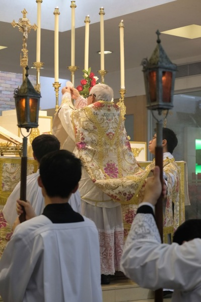 20161225_CardinalZen-PontificalHighMass_152_result