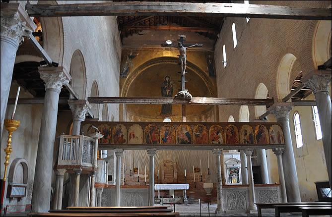 Screen (Torcello)
